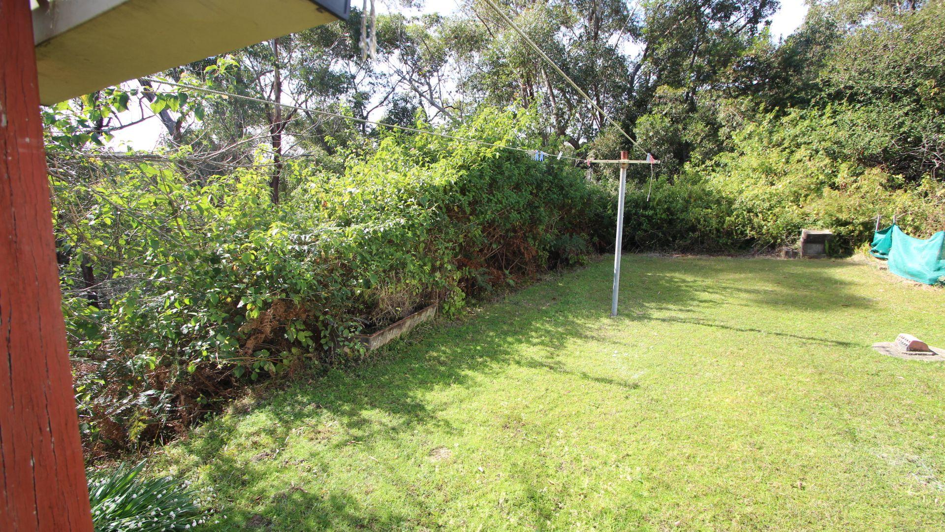 16 Cicada Glen Road, Ingleside NSW 2101, Image 2
