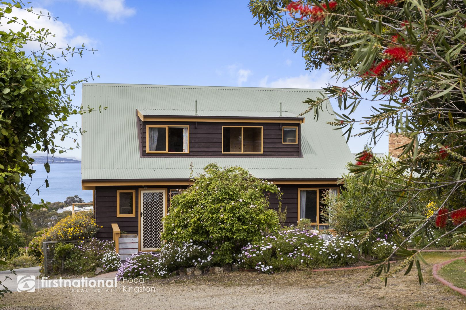 4 Emerald Court, Blackmans Bay TAS 7052, Image 0