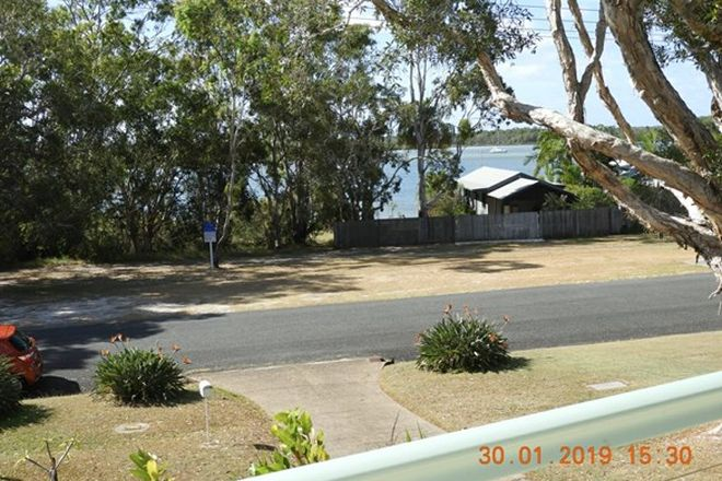 Picture of 11 Oyster Parade, TIN CAN BAY QLD 4580