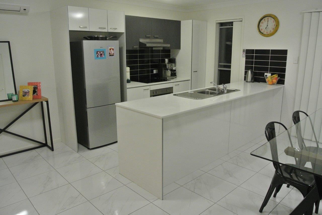 22/1 Gumview St, Albany Creek QLD 4035, Image 2