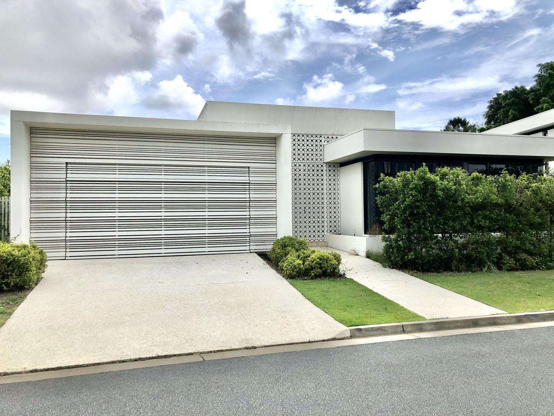 2 The Boulevarde, Benowa QLD 4217, Image 0