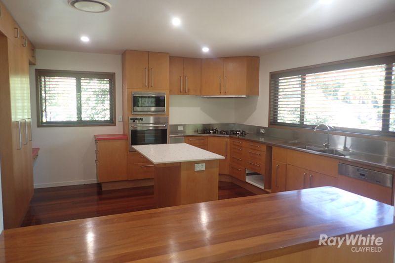 32 Grays Road, Hamilton QLD 4007, Image 2