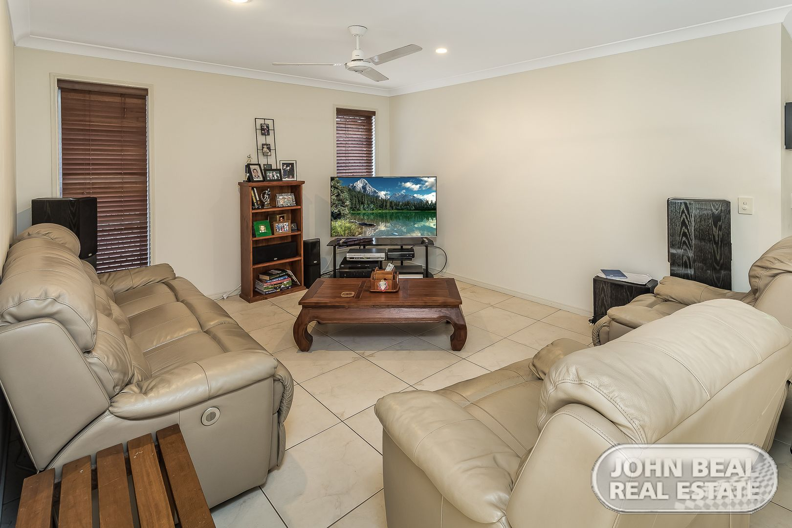 8 Scenic Dr, Murrumba Downs QLD 4503, Image 1