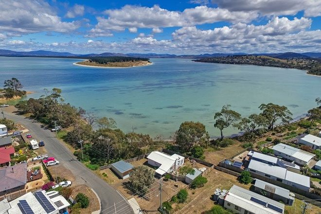 Picture of 11 Jetty Road, DODGES FERRY TAS 7173
