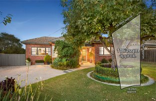 Picture of 32 Bournian Avenue, Strathmore VIC 3041