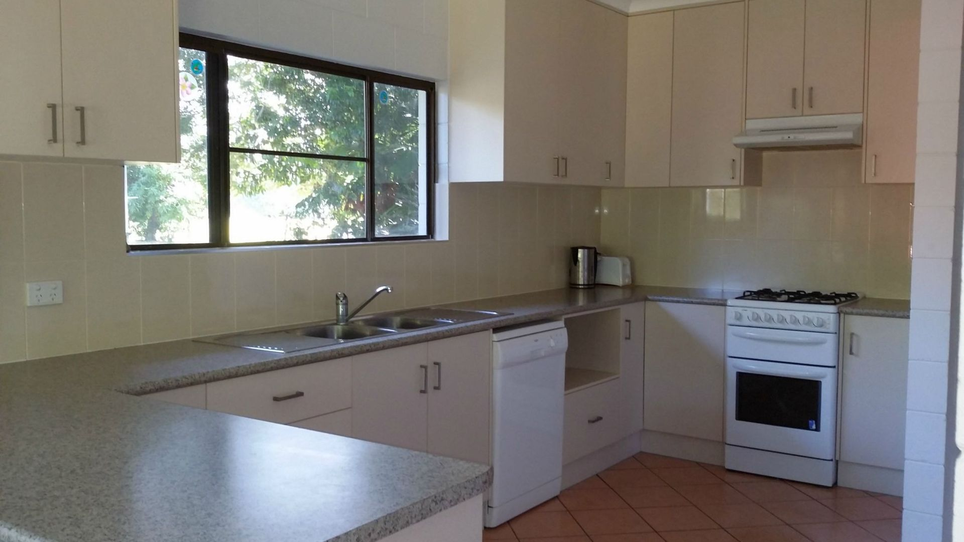 54 Illich Street, Kurrimine Beach QLD 4871, Image 1