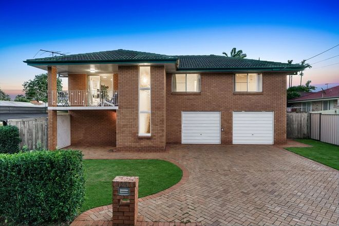 Picture of 24 Glenjustins Street, WYNNUM WEST QLD 4178