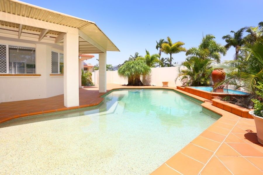 2 Key Largo, Clear Island Waters QLD 4226, Image 0