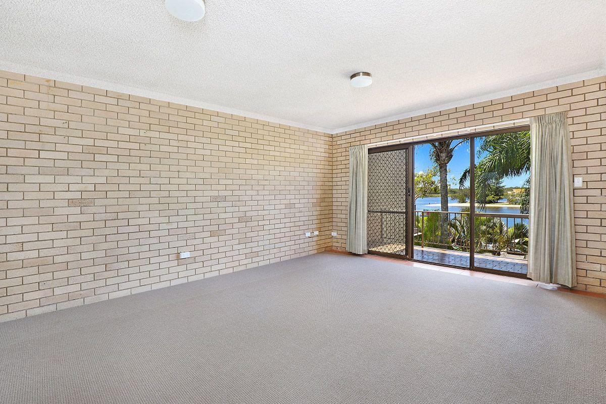 5/61 Bradman Avenue, Maroochydore QLD 4558, Image 2