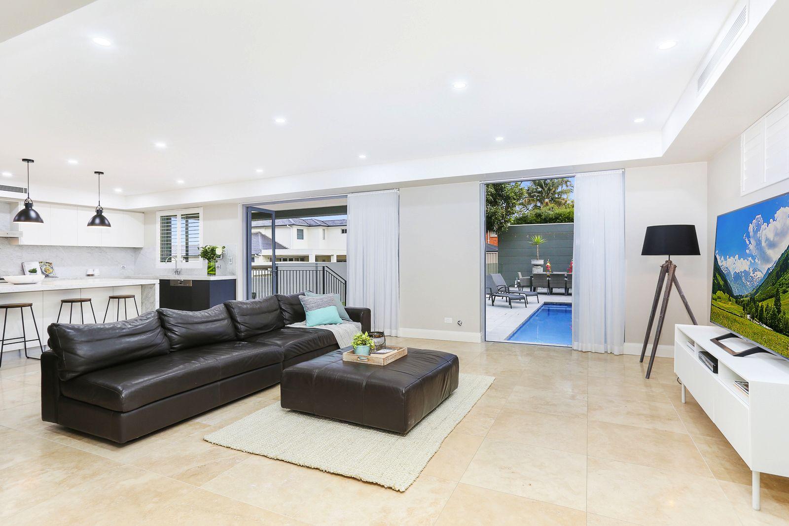 57 Hatfield Street, Blakehurst NSW 2221, Image 2