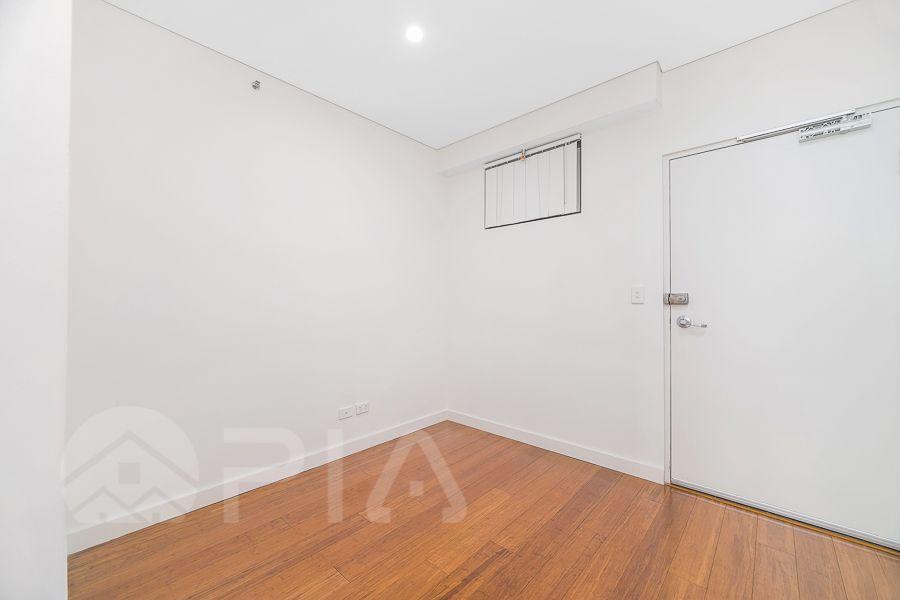 604/10 French Avenue, Bankstown NSW 2200, Image 2