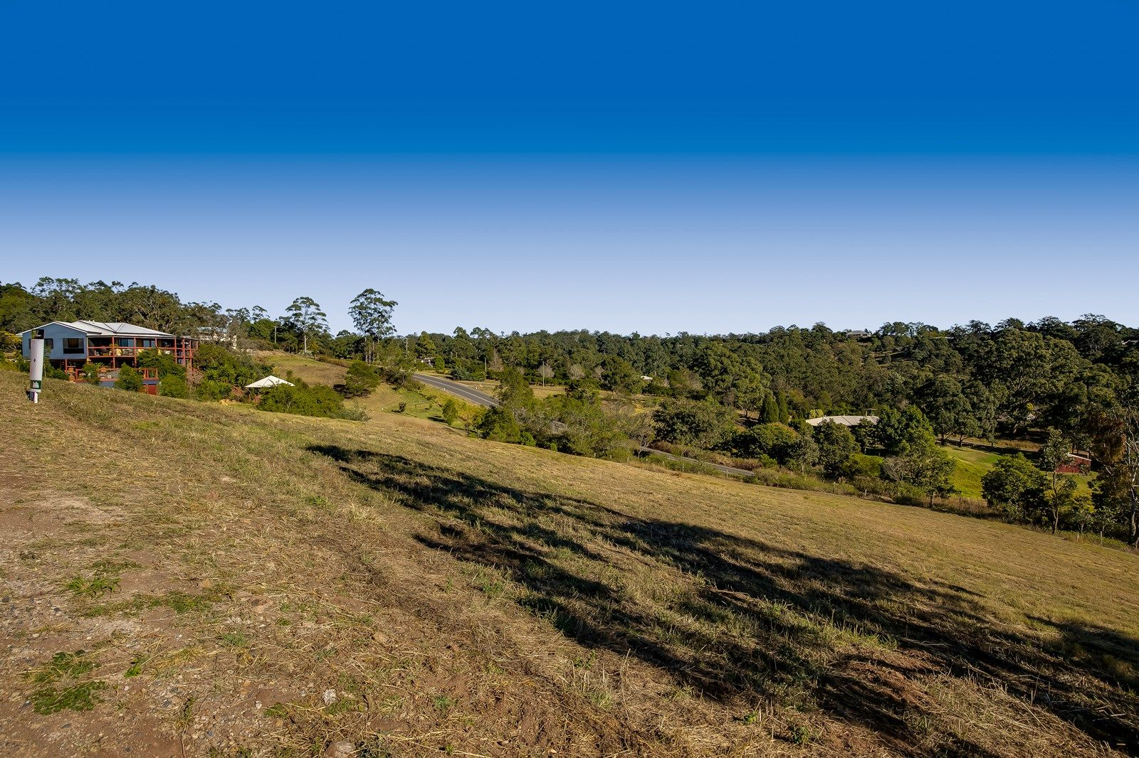 6 Keira Court, Blue Mountain Heights QLD 4350, Image 2