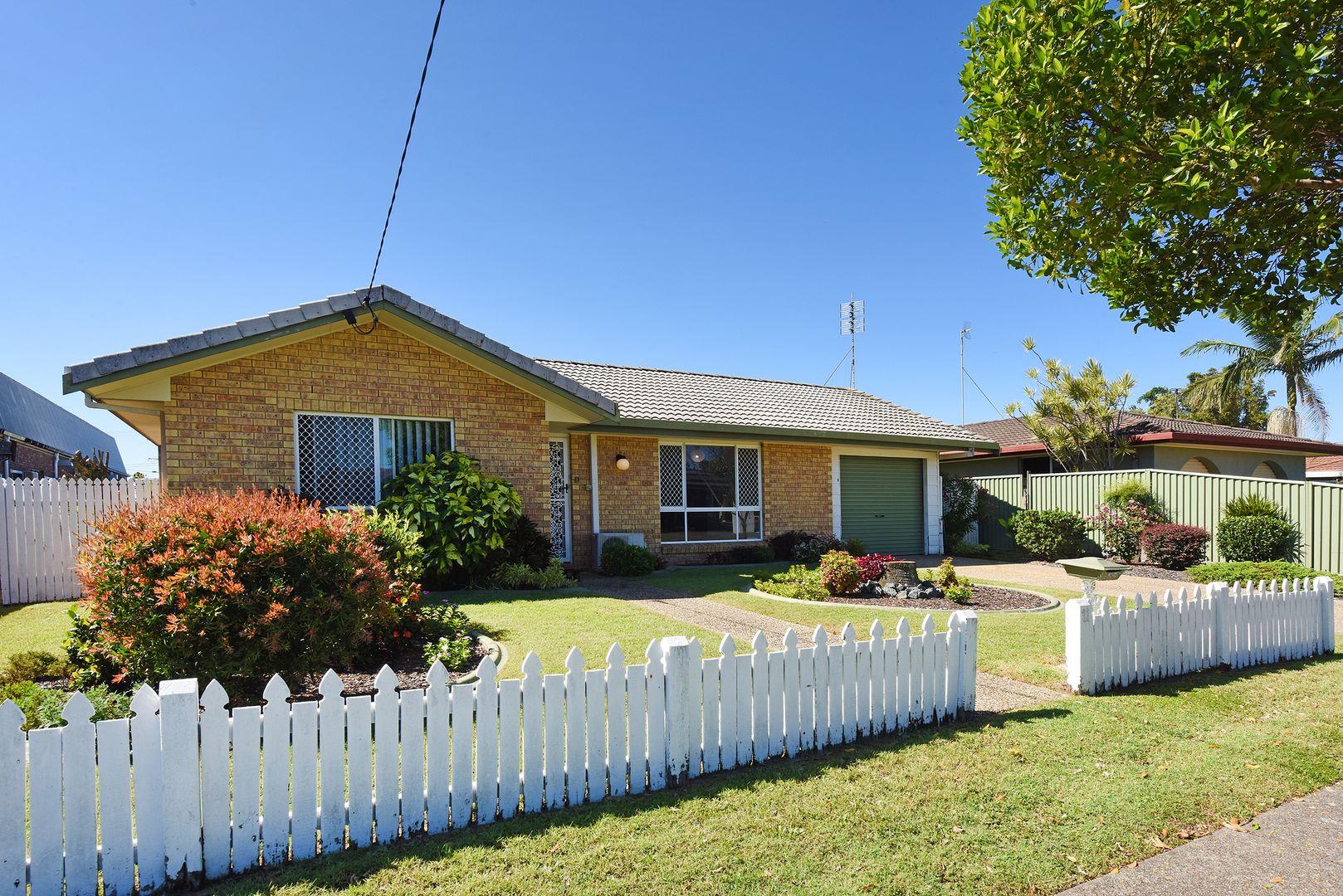 11 Ilaroo Crescent, Warana QLD 4575, Image 0