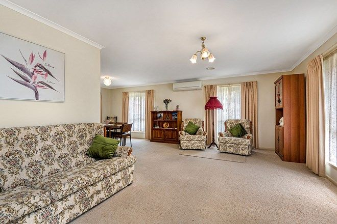 Picture of 4 Laxdale Court, KANGAROO FLAT VIC 3555