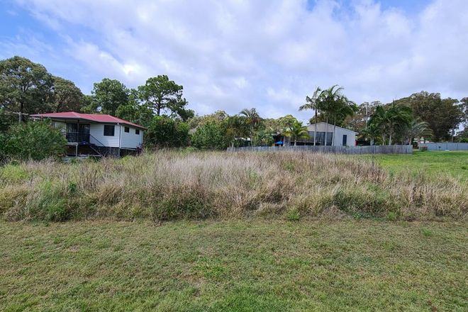 Picture of 4 Richardson Street, RUSSELL ISLAND QLD 4184
