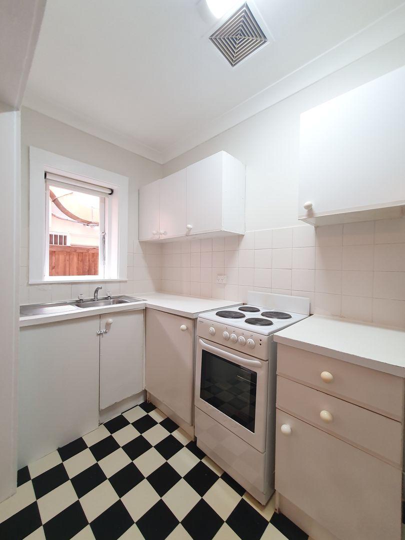 2/110 Ramsgate Avenue, Bondi Beach NSW 2026, Image 1