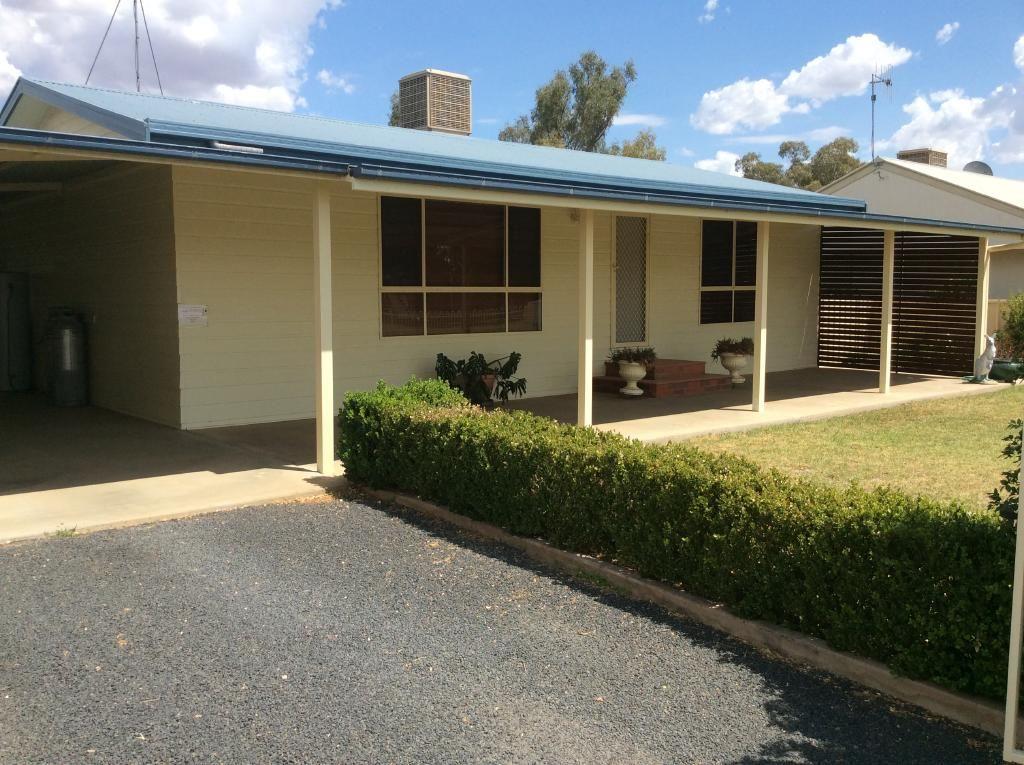 42 ENMORE STREET, Trangie NSW 2823, Image 0