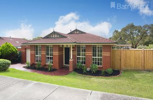 Picture of 28 St Clair Crescent, Mount Waverley VIC 3149