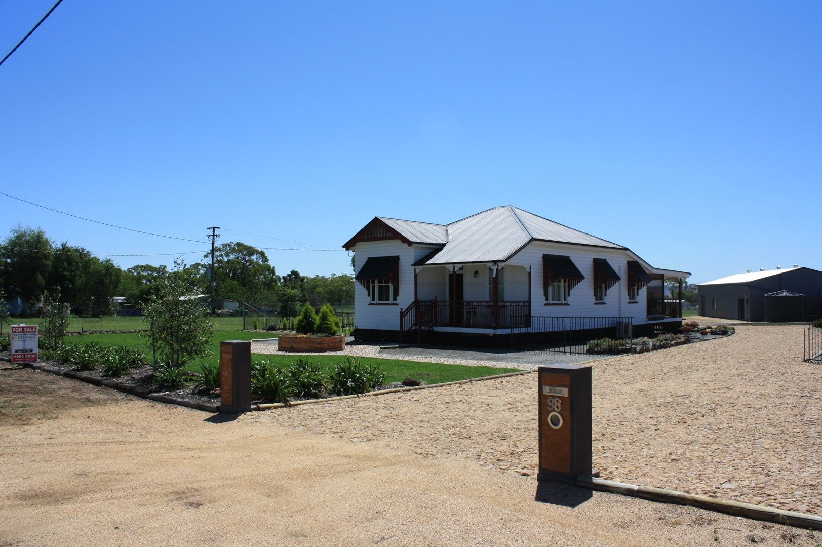 98 Goomburra St, Hendon QLD 4362, Image 0