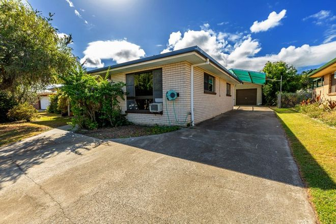 Picture of 6 Strathdee Avenue, BUNDABERG SOUTH QLD 4670