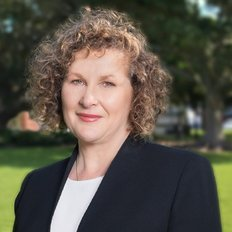 Jennifer McCormack, Sales representative