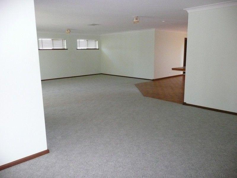 4/110 Benerembah Street, Griffith NSW 2680, Image 1