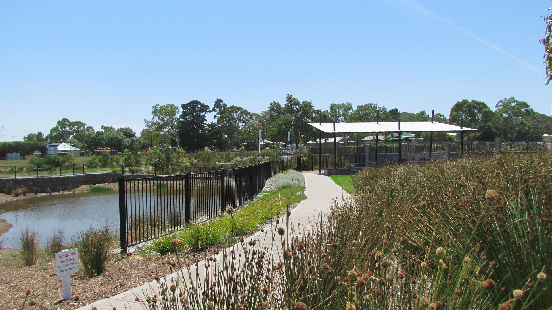 2 Harewood Grove, Meadows SA 5201, Image 2