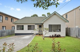 Picture of 33 McIntosh Rd, Dee Why NSW 2099