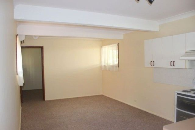 157a BAY ROAD, Bolton Point NSW 2283, Image 2