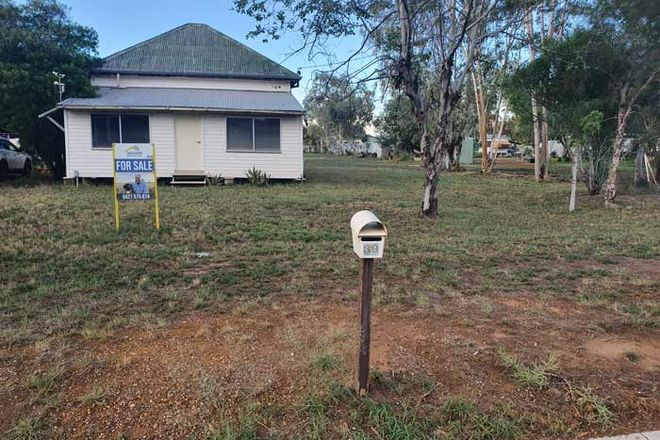Picture of 39 Rose Street, BLACKALL QLD 4472