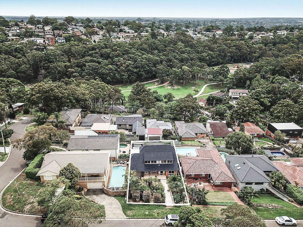 24 Vista Avenue, Peakhurst Heights NSW 2210, Image 2