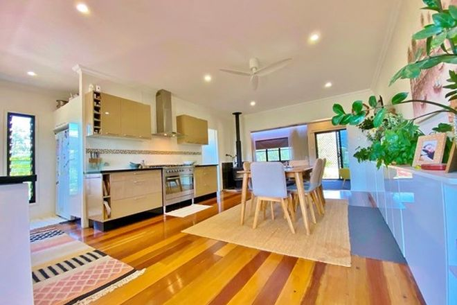Picture of 4 Kingfisher Court, REGENCY DOWNS QLD 4341