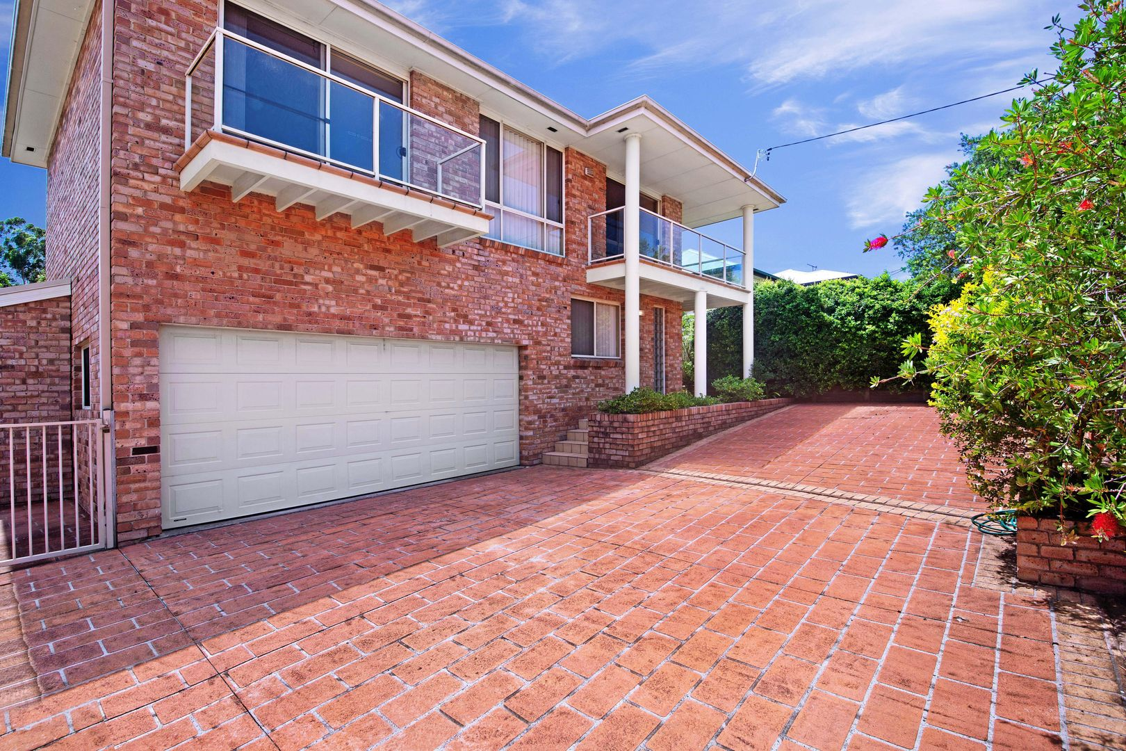 144 Wells  Street, Springfield NSW 2250, Image 2
