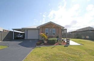 Picture of 6 Chichester Road, Sussex Inlet NSW 2540