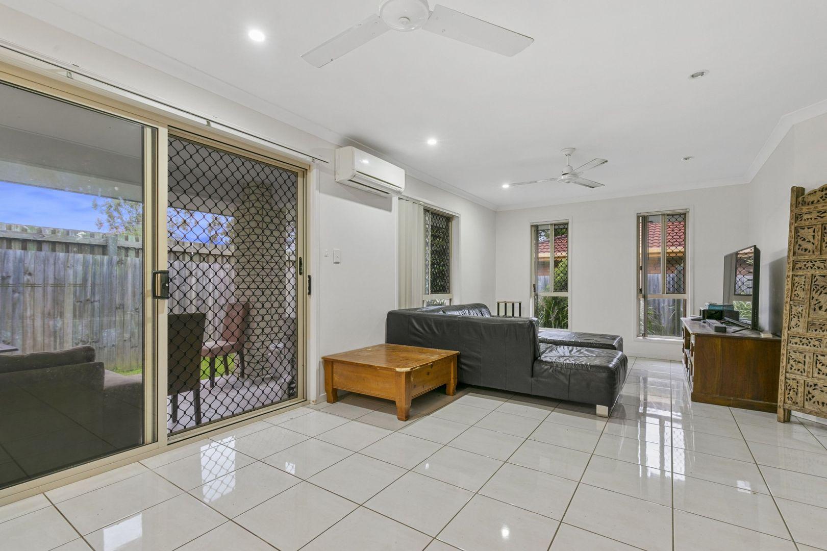 1/22 Nottinghill Street, Birkdale QLD 4159, Image 2
