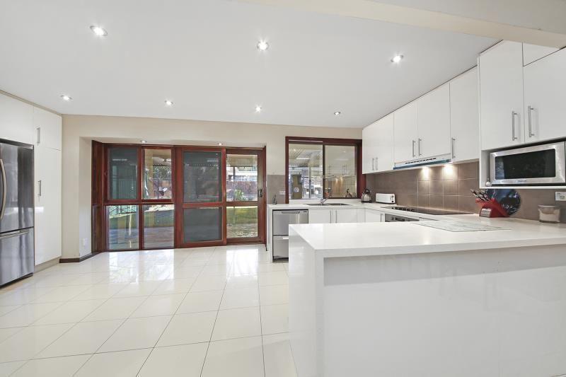 15 Lentara Court, Georges Hall NSW 2198, Image 1
