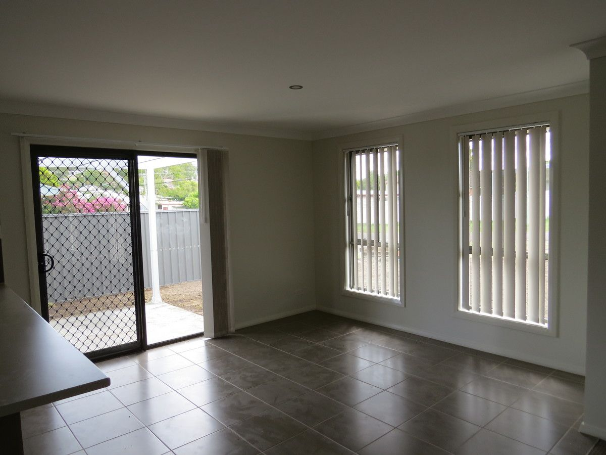 2/16 Michael Street, Cessnock NSW 2325, Image 2
