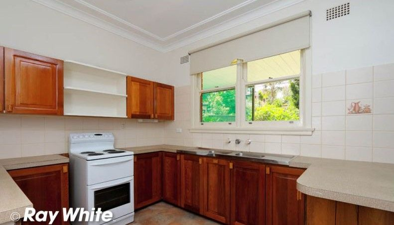65 Glen Road, Oatley NSW 2223, Image 2
