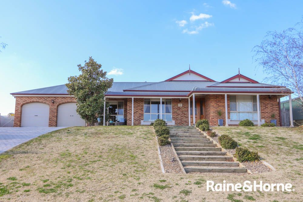 11 Cypress Crescent, Kelso NSW 2795, Image 0