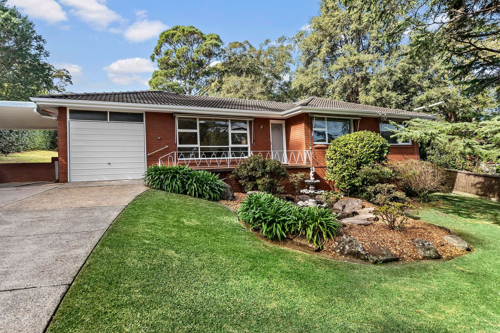4 Sussex Road, St Ives NSW 2075, Image 0