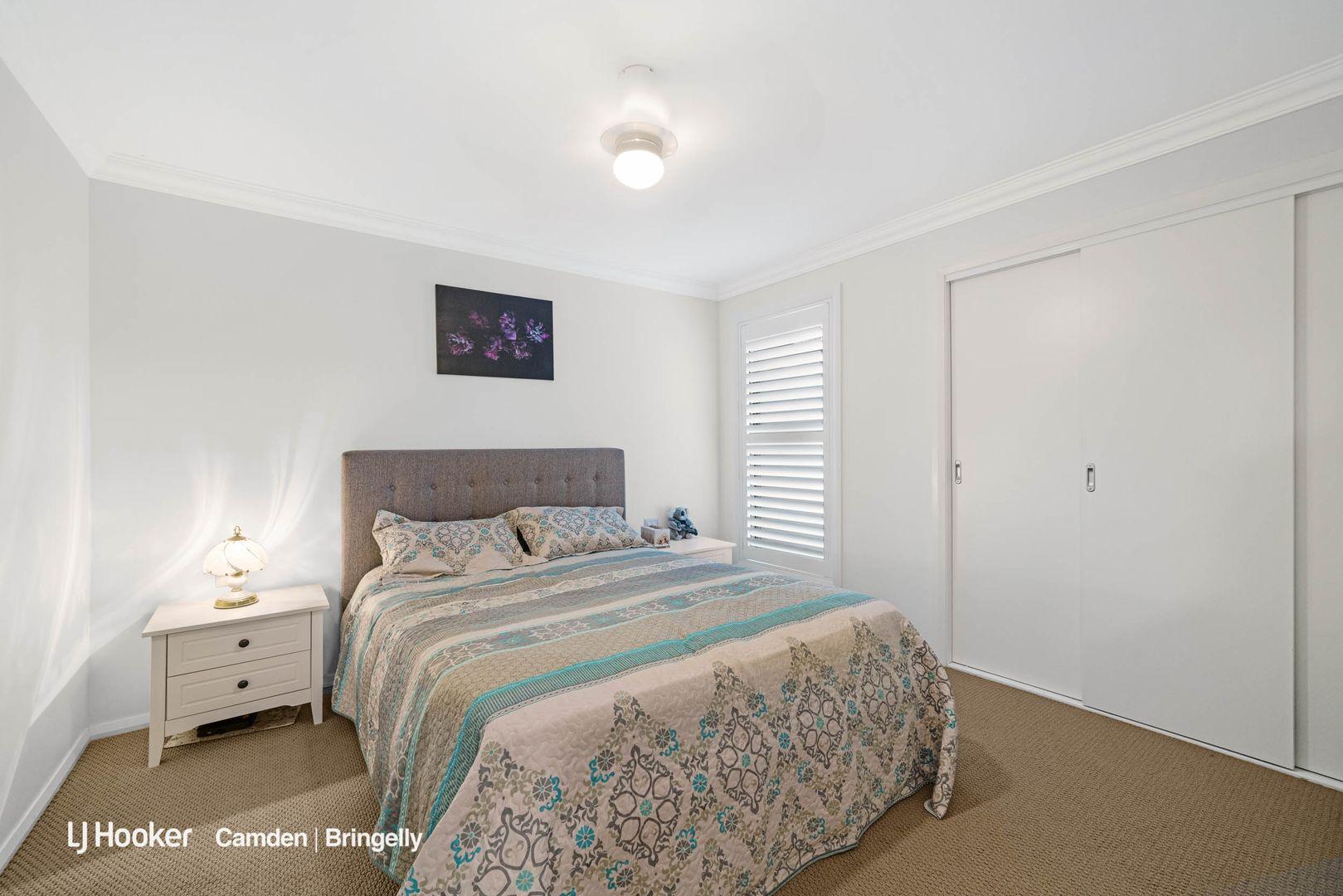 2/27 Elizabeth Macarthur  Avenue, Camden South NSW 2570, Image 2