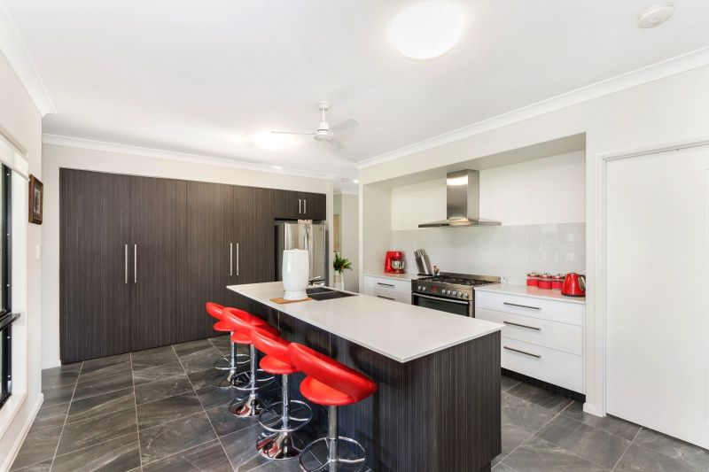 14 McHardie Street, Gulliver QLD 4812, Image 2