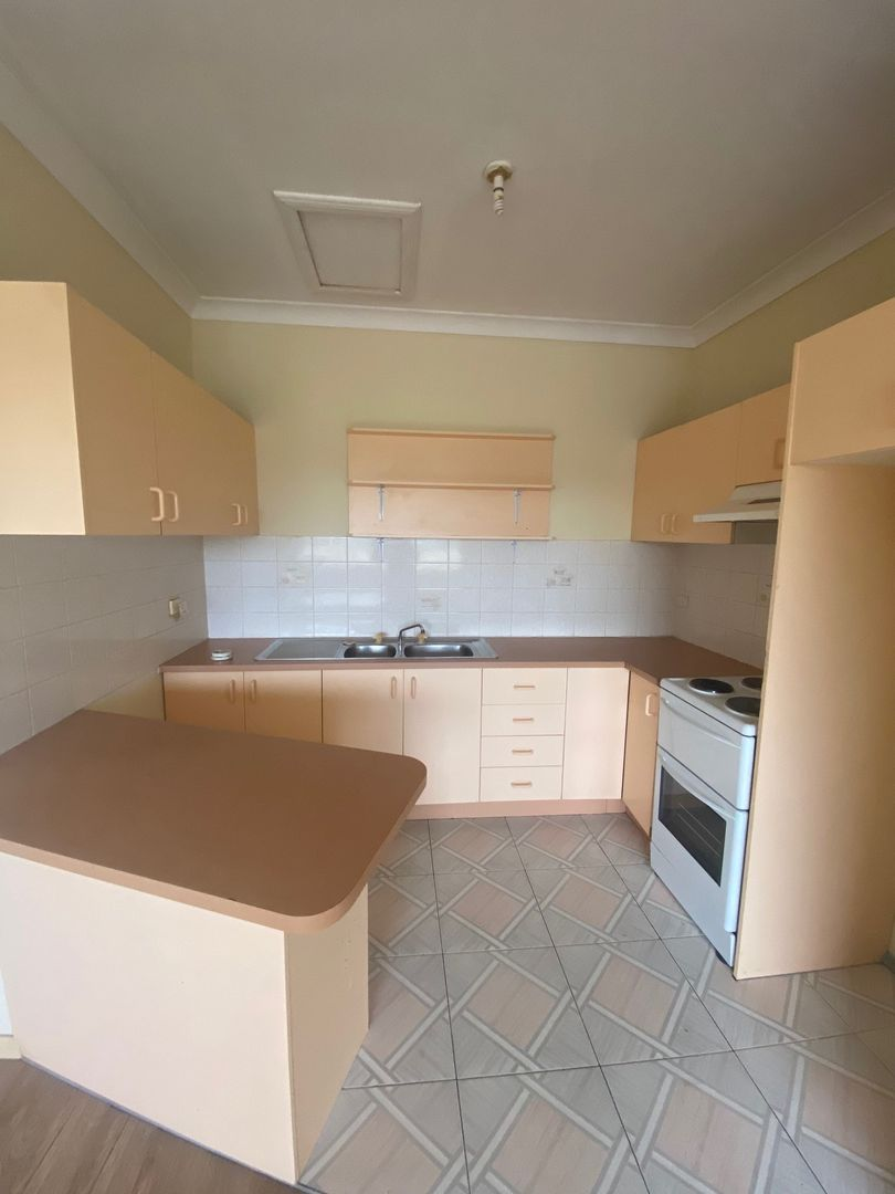 4/27 Bridge Street, Coniston NSW 2500, Image 1