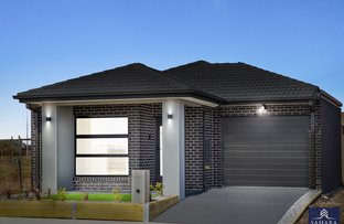 Picture of 54 Surin Road, Tarneit VIC 3029