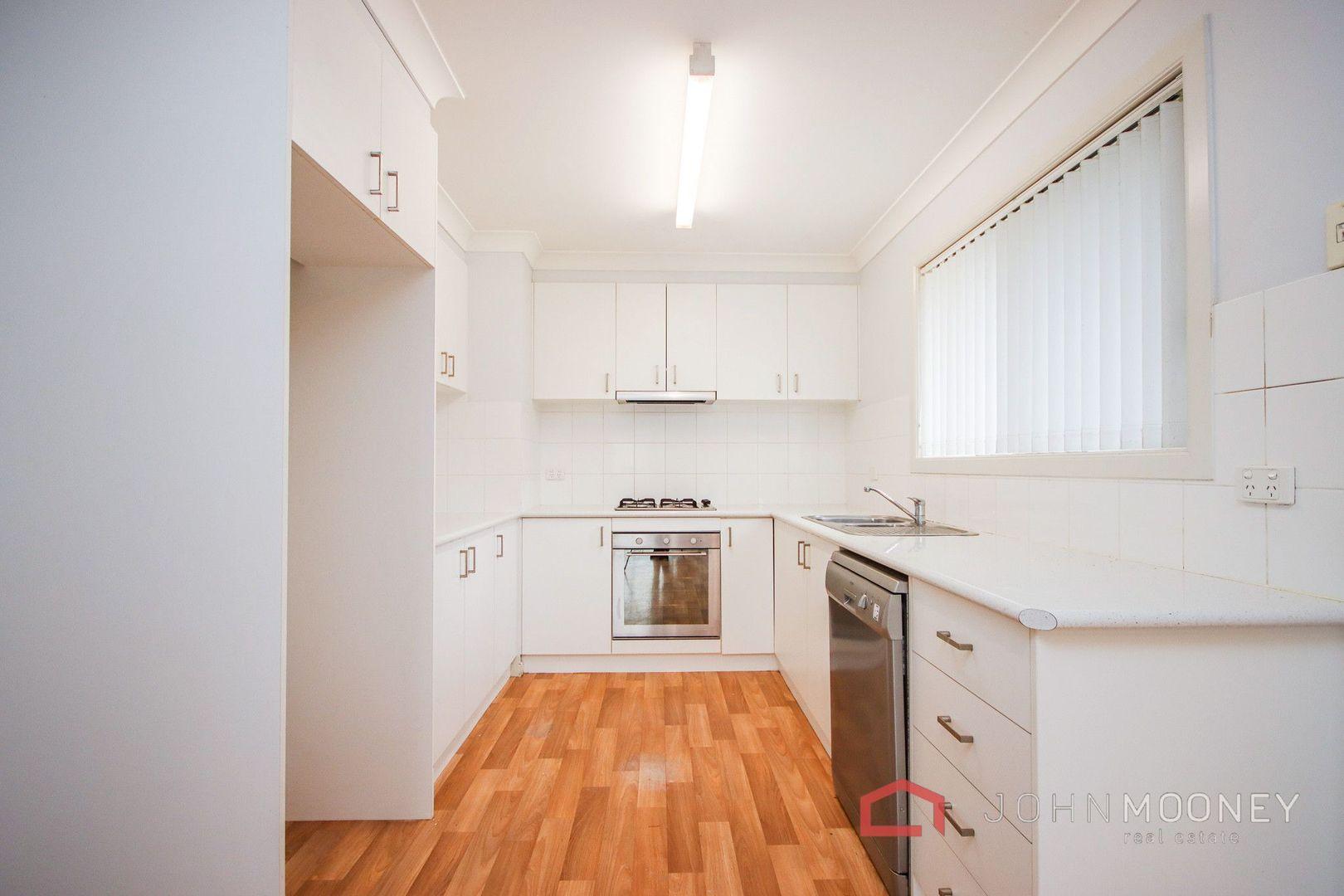 1A Grinton Avenue, Ashmont NSW 2650, Image 1