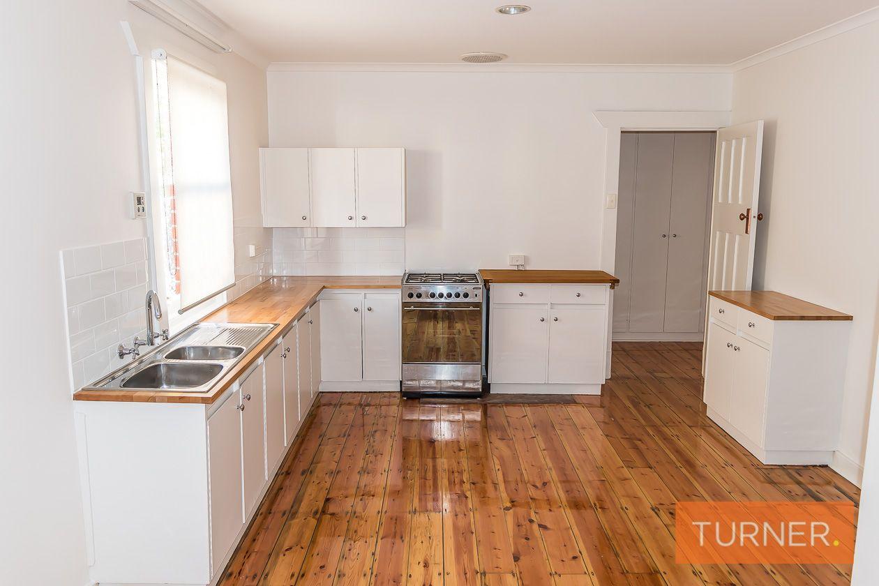 22 Tobruk Avenue, Kensington Park SA 5068, Image 2