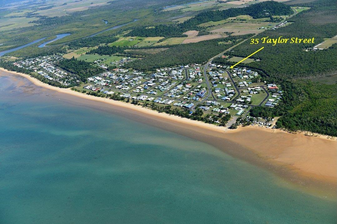 35 Taylor Street, Kurrimine Beach QLD 4871, Image 2