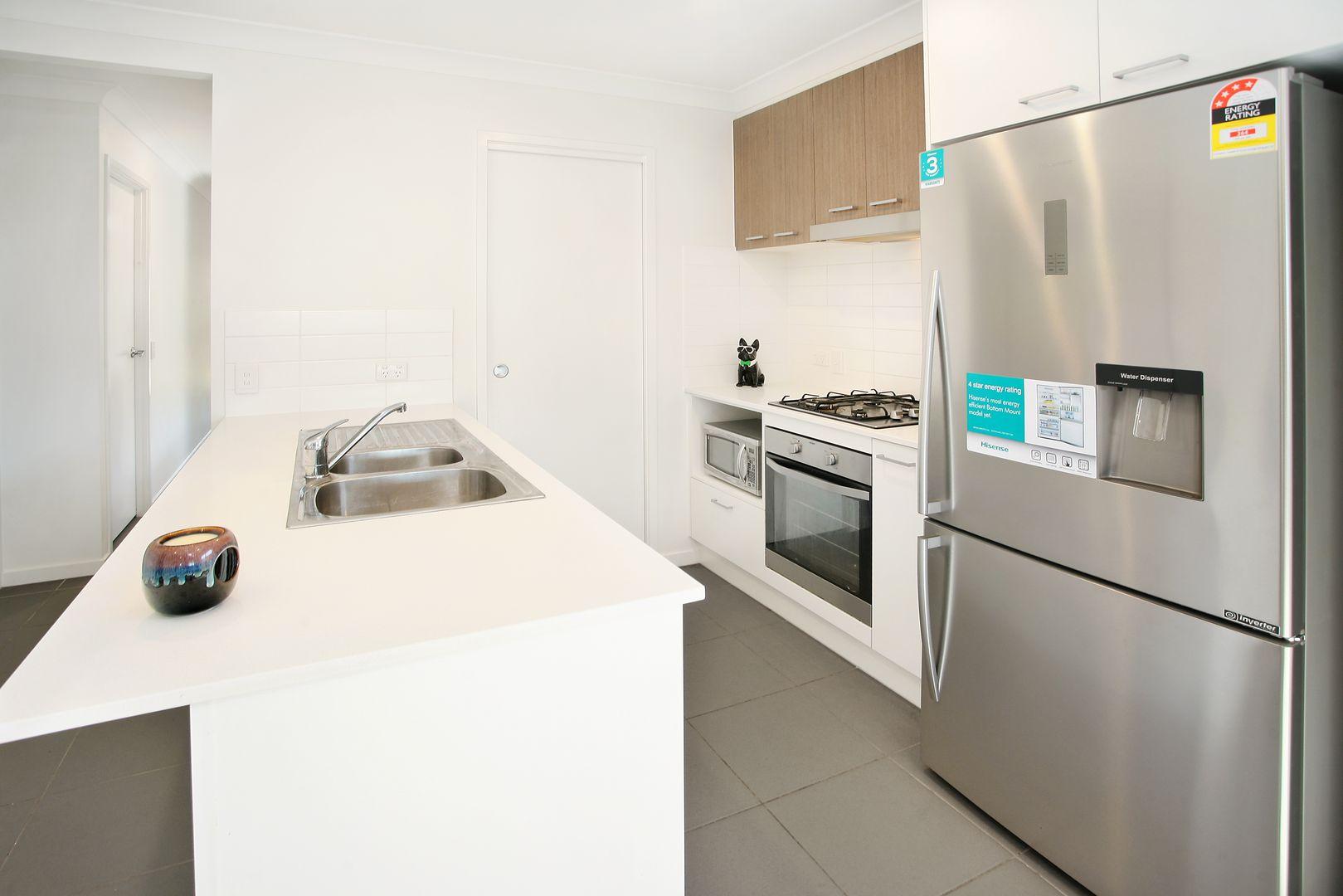 16A Whitehorse Road, Dakabin QLD 4503, Image 2