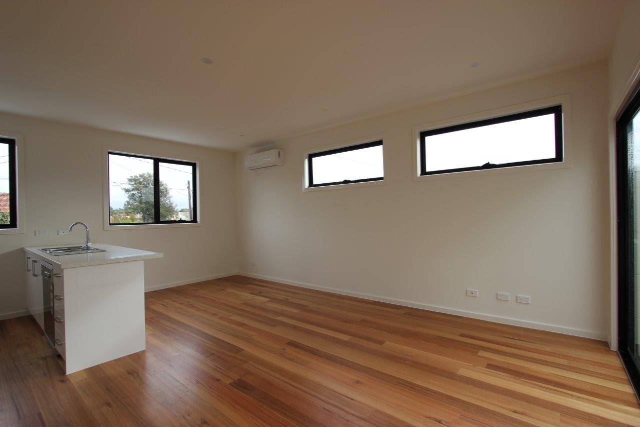 2/116 Ballarat Road, Maidstone VIC 3012, Image 2