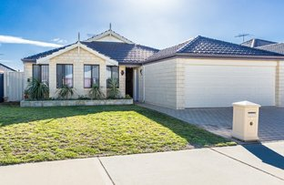 Picture of 36 Plaistowe Boulevard, Byford WA 6122